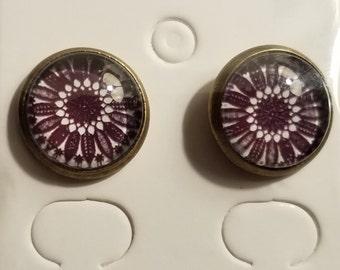 Handmade Glass Bead Black & White Sunflower Stud Earrings