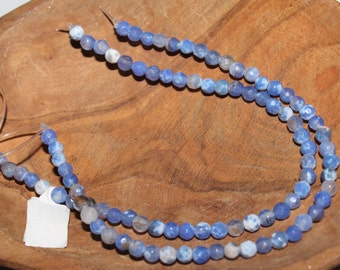 """16"""" Strand of 4mm Faceted Round Agate ***Dyed Blue and White #111"""