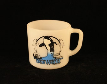 Vintage Sea World Milk Glass Mug Cup Killer Whale Dolphins Shark Walrus Anchor Hocking 1985 USA Gift