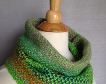 Linen Stitch Cowl - Wool Blend - Hand-knit - Apple Green and Kureyon