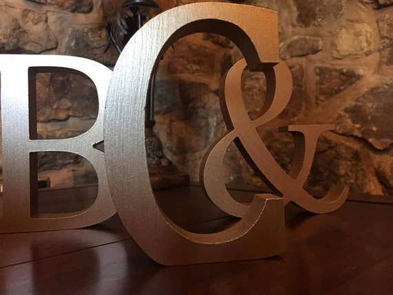 Metallic gold wooden letters and numbers free standing for Standing wood letters to paint