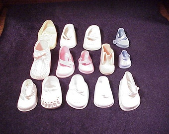 Lot of 14 Vintage Single Doll Shoes, White, Off-White, Pink, Blue, Wilkinson and Gross, DOLSHOE, Fairyland