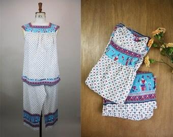SALE*** 1950s Cotton Pyjamas / Egyptian Print / 50s Cropped Pajamas / Size Medium / Cotton Smock / M L