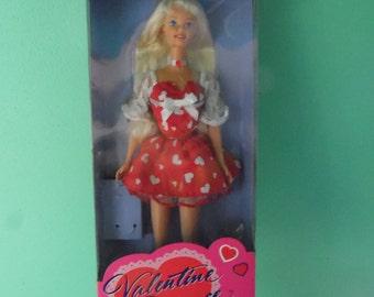 Mattel Valentine Romance Barbie vintage New in box Special Edition