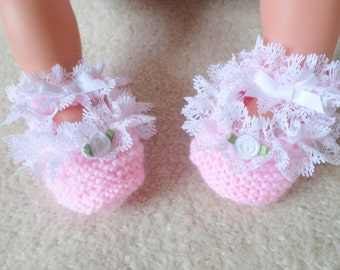 Hand knitted Baby girl pink frilly lace shoes