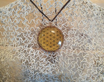 FREE SHIPPING -ORGONE Pendant  - Gold Flower of Life (Symbol) with Rose Quartz