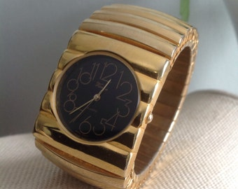 Vintage Wide Cuff Expandable Gold Tone Black Face Wrist Watch | Vienna Quartz Watch | New Battery
