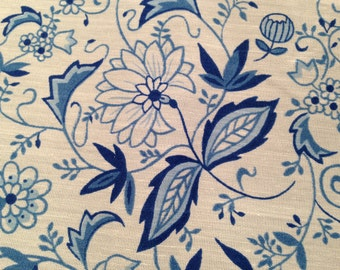 "Royal Blue and White Floral Cotton Sheeting BTY 23"" wide.  Vintage bolt from estate"