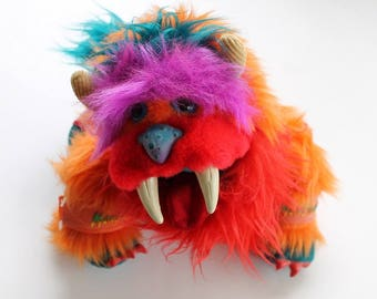 My Pet Monster Plush Stuffed Animal Gwonk Puppet with Handcuffs 1986 by Amtoy