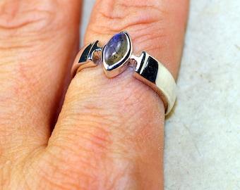 Labradorite  & 925 Sterling Silver Ring size 8