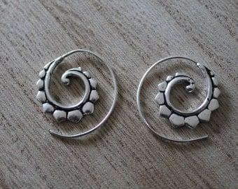 Small spiral hoop earrings