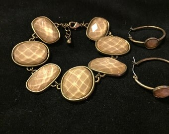 Demi Set. Rare limited edition AVON Bracelet and matching earrings. Marked AVON HS.