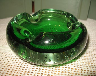 Ashtray empty pocket has a beautiful dark green Murano glass bubble.