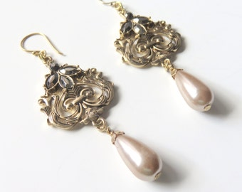 Champagne Pearl Dangle Earrings, Gold Filligree , Mother of the Bride or Groom, Wedding, Bold Pearl Earrings, Bold Design