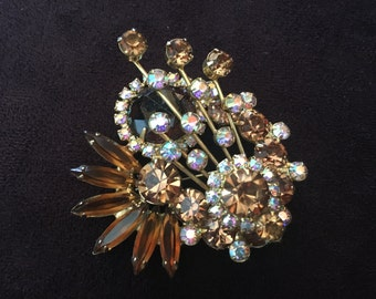 Juliana D&E Topaz Brown, Rootbeer Brown and Clear AB Flower Spray Brooch 0923