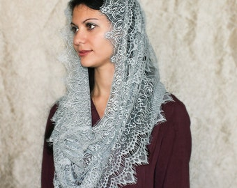 Traditional catholic mantilla,gray veil,lace mantilla,lace veil,Chapel mantilla,Chapel Religious head coverings,Catholic Chapel,church veil