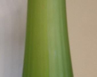 081 - Westmoreland Glass Vase