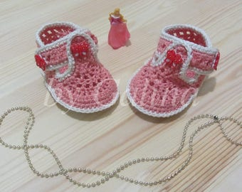 Booties-sandals for a little girl, knitted slippers for a newborn, booties crocheted