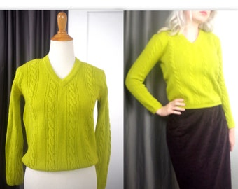 Vintage Chartreuse Cable Knit Sweater S M St. Laurentis Green 60's Top