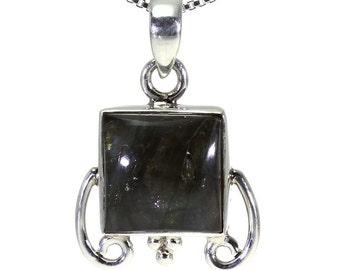 Labradorite Pendant, 925 Sterling Silver, Unique only 1 piece available! color navy blue, weight 4.38g, #16629