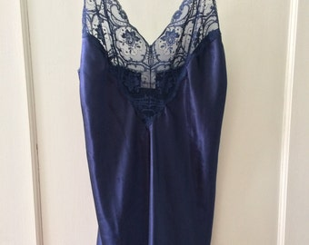 Navy Lace Vintage Chemise - Size M Medium L Large - 1990s Maryann's Boutique