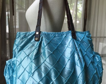 Tote bag, shopping bag, handmade bag, gym bag, beach bag, bag with handles, satin bag, blue