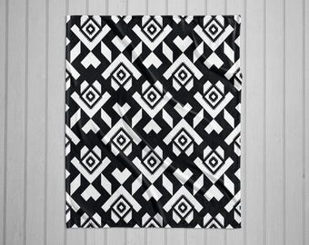 Navajo tribal pattern modern plush throw blanket with white back -black and white
