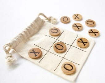 10 x Tic Tac Toe / Xs and Os / Travel Game / Wood Game / Roadtrip Game / Childrens Game / Party Favours / Set of 10