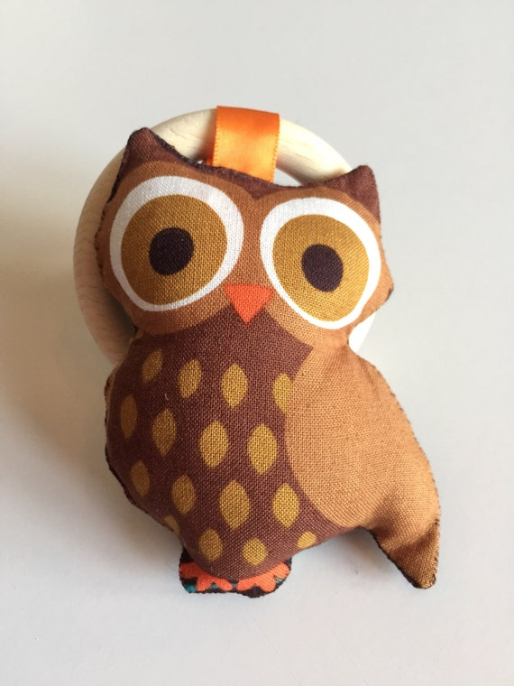 Owl teething and rattle toy #2. Hand made.