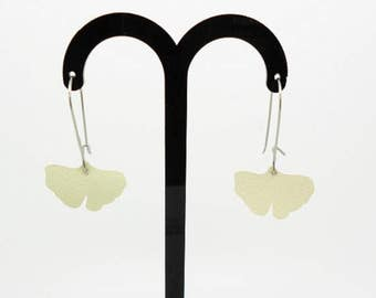 ginkgo biloba leather earrings various colors