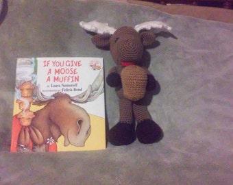 Crochet Moose a muffin