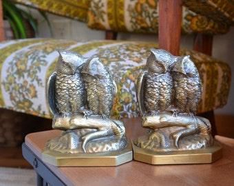 Vintage Antique Jennings Bros Mfg Co Metal Bookends // Heavy Metal Owl Bookends Set // Daniel C French Sculpture Design
