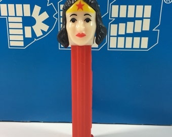 Vintage PEZ Wonder Woman Superhero PEZ Dispenser