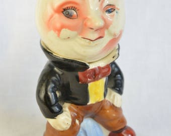 Man in the moon, Humpty Dumpty, salt and pepper shakers