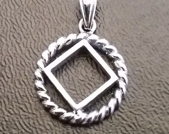 ssj02- NA Twisted Wire Service Symbol Pendant .925 Sterling Silver
