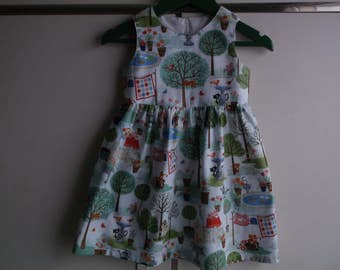 Cats in the garden dress