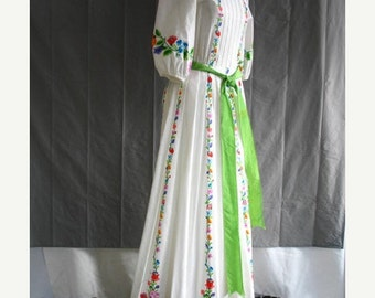 On Sale 1970's Peasant Maxi Dress White Cotton Floral Print Jeanenne Booher