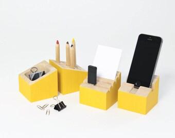 Organiseur bureau - Bois hévéa - Jaune soleil - Porte carte - Pot à crayons - Dock support téléphone