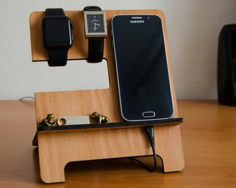 Personalizated Wooden iPhone docking station, Thing organizer, Accessories organizer, Gift for him