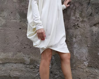 Women loose Oversize Top/Gorgeous Ivory Spring Asymmetric Dress /Extravagant tunic with sleeves/OVERSIZED dress