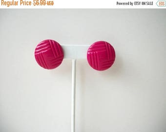 ON SALE Retro Molded Hot Fuchsia Pink Acrylic Earrings 41517