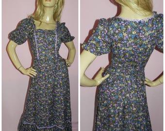 Vintage 70s BOHEMIAN DITSY Floral print maxi dress 8-10 S 1970s Hippy Hippie Festival Boho Woodstock revival Ric rac trim
