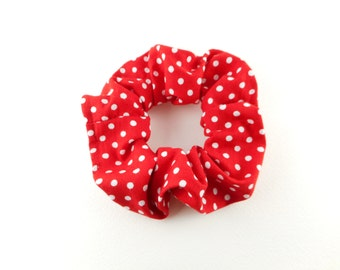 Scrunchie - red and white polka dots