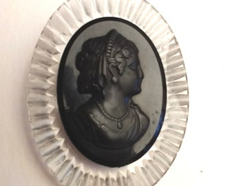 Black and clear Lucite and Bakelite Cameo brooch