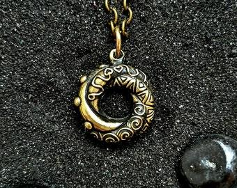 Algerian love knot (big) Galaxy Love pendant St. Valentine Necklace for Girlfriend Eva Green Necklace: Handmade Bronze Pendant with chain