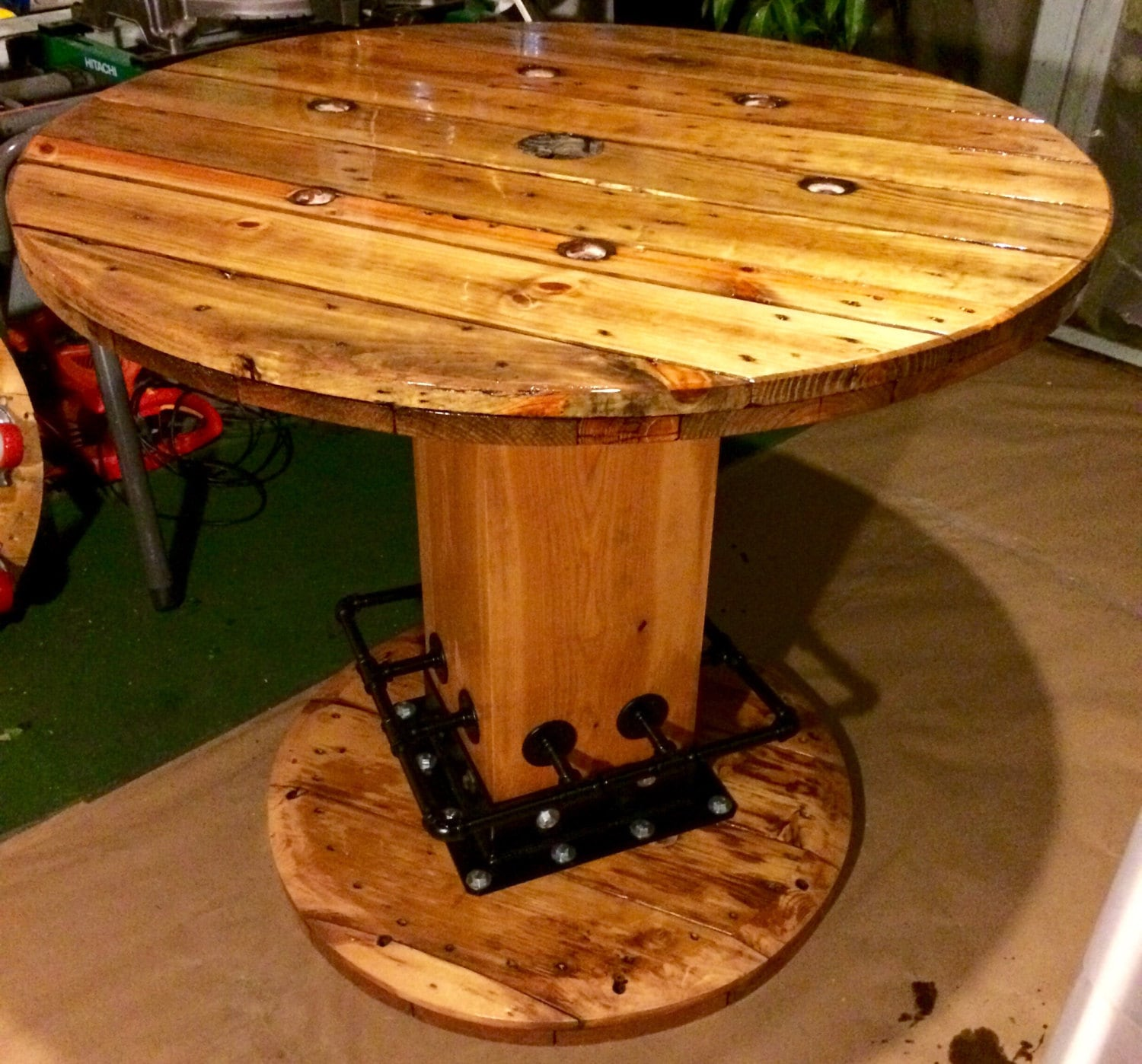 Wire spool table high top