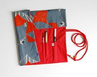 Pochette rangement trousse artiste peinture pinceaux dessin oiseaux/Paintbrush Roll up artist case organizer birds