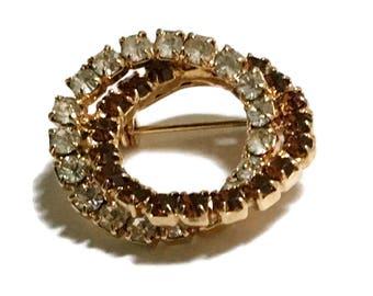 Rhinestone Brooch, Topaz , Circle Pin, 1940s-1950s,  Mid Century Jewelry, Gold Tone,