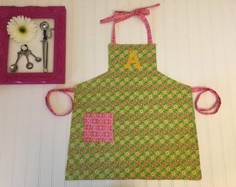 Girls green personalized apron, green kids apron, pink and green apron for girls, kids art apron, personalized apron kid, flower apron