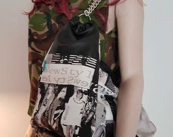 Fashion Magazine/Newspaper Shoulder Chain Bag